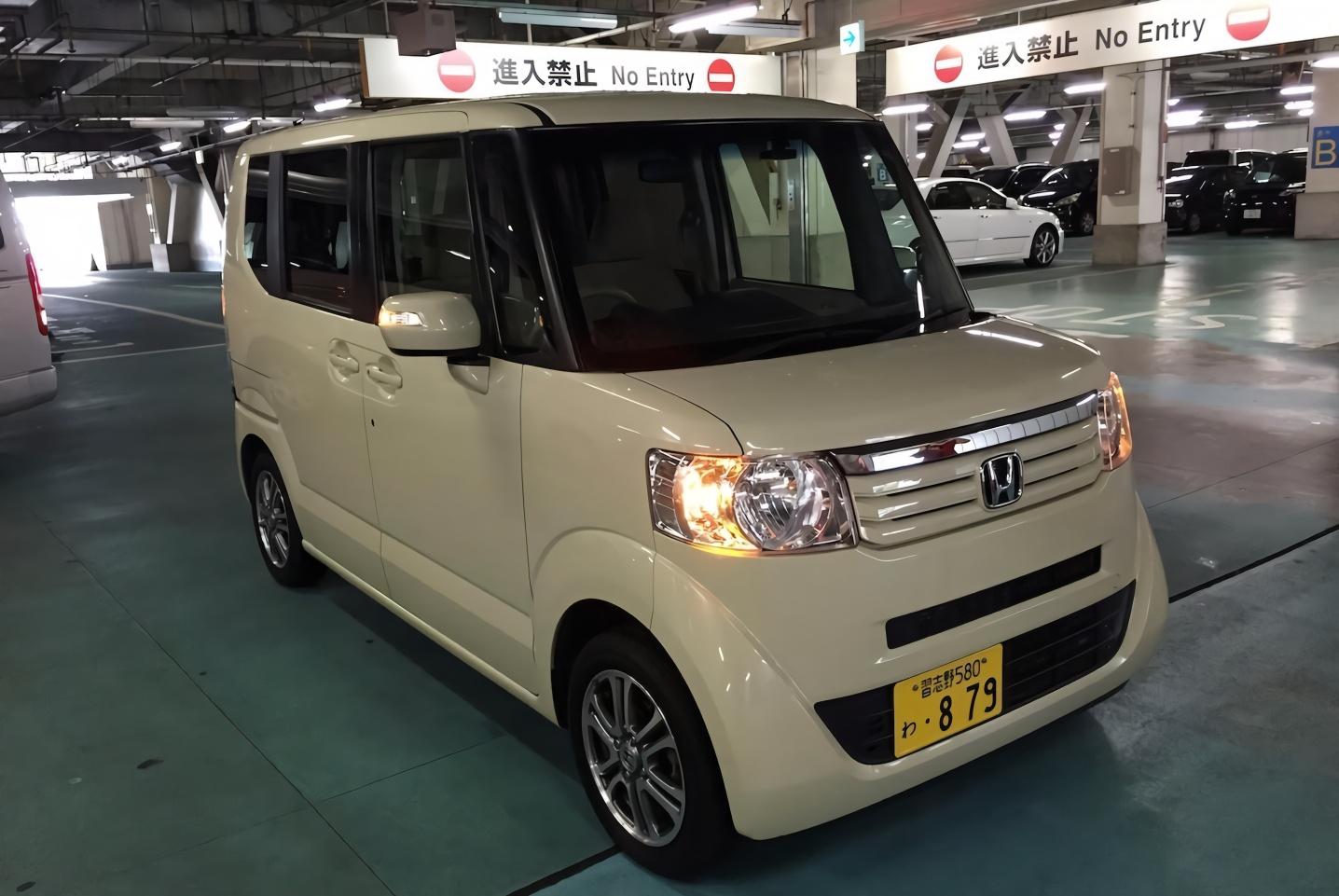 2018年日本销量最好车型,性价比超高,只可惜在中国不受待见!
