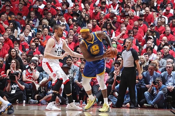 NBA总决赛勇士大比分1-1猛龙 汤神伤退考