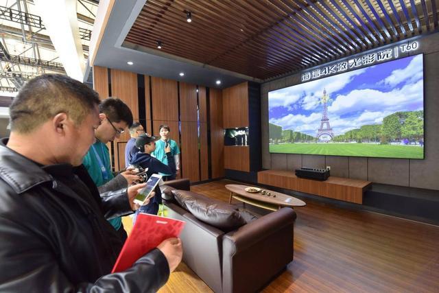 中国大屏之王诞生:首创激光电视,出货尺寸力压索尼拿下全球第一