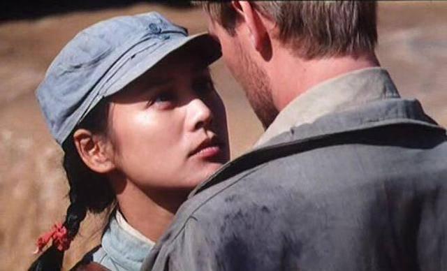 """央视电影频道重温《黄河绝恋》:20年前镜头下的宁静和""""战争与爱情""""为何如此美"""