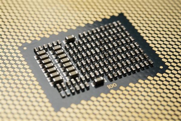 Intel并未尋求三星代工14nm處理器:合作僅限低端芯片組