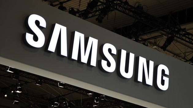 告别LCD!三星豪掷21.5亿抢占OLED面板市场