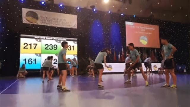 1秒9.5次!三破世界纪录!上海绳娃速度快到裁判也震惊