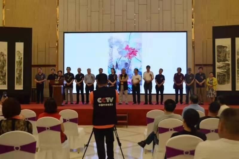 """庆祝新中国成立70周年,""""东方辰龙美术精品展""""如期举行"""