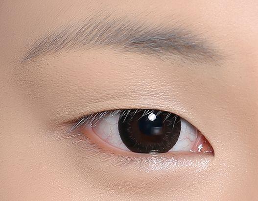 不用双眼皮贴的迷人大眼妆画法