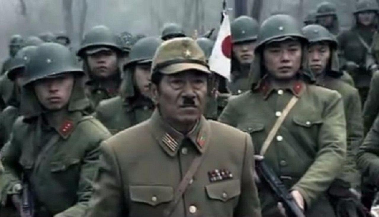 二战时日本鬼子的军服为什么特难看 就像大冬瓜插了四根香肠