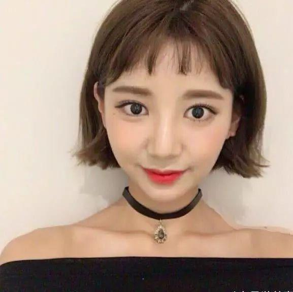 2019最新发型短发超减龄的几款短发短发v发型显脸小吗图片