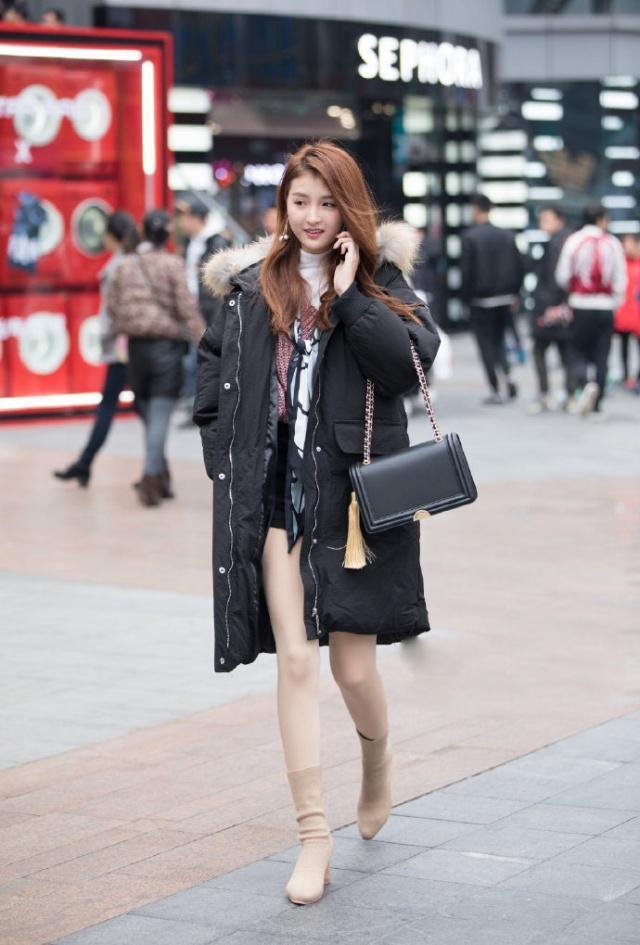 羽绒服是时尚的绝缘体?时尚跟季节无关美腿佳人依博德瓷砖是几线