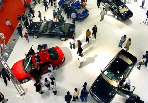 你买的第一辆车后悔了吗?网友:除了加玻璃水,其他全不会!