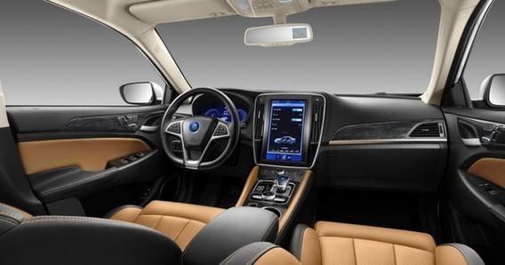 15万左右的纯电动轿车,续航能力是关键,这几款底气十足!