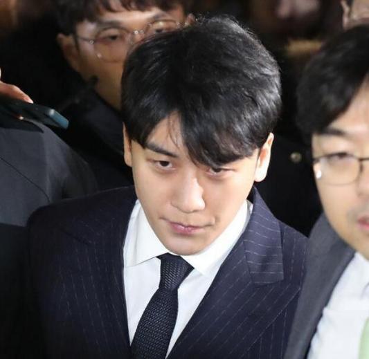 胜利台湾金主照片身份疑曝光:老公是高官,一晚在韩国消费2亿