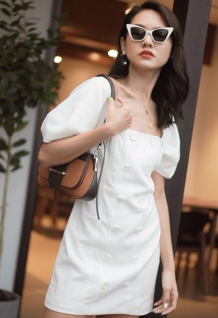 脖子粗短又没锁骨?试试法式方领+连衣裙,特别显瘦又浪漫