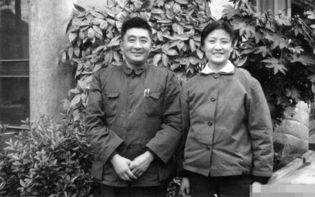赵丹最疼喜欢的孩子并非是他的亲生孩子,而是周璇的孩子