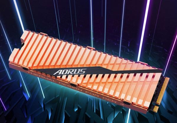 技嘉全球首發PCIe 4.0 SSD:讀取高達5GB/s 純銅散熱