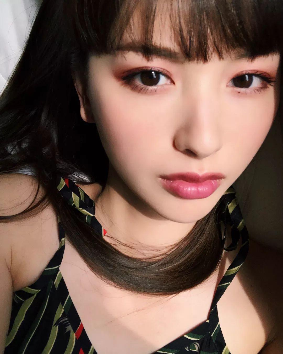 |14岁闯荡的中国时尚出道日本女生圈,竟成最姑娘的丑造型图片