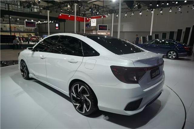 展台上摆出来不是最终的量产车型,不过可以确定的是,东风本田要复制