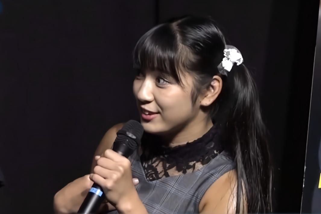 肌肉萝莉可还行?日本女团成员超个性,和大力士掰手腕