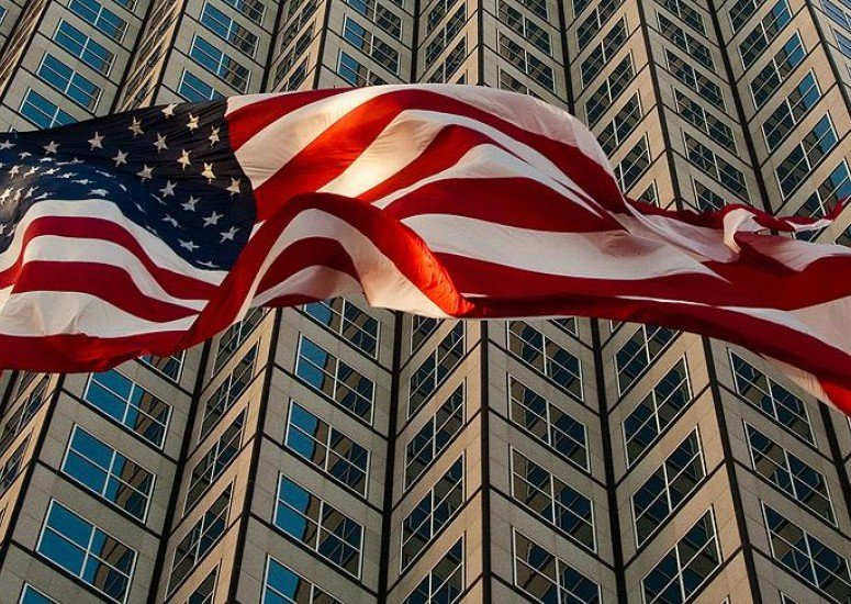 一在美中国公民被控窃取商业机密,美方称涉案达18亿