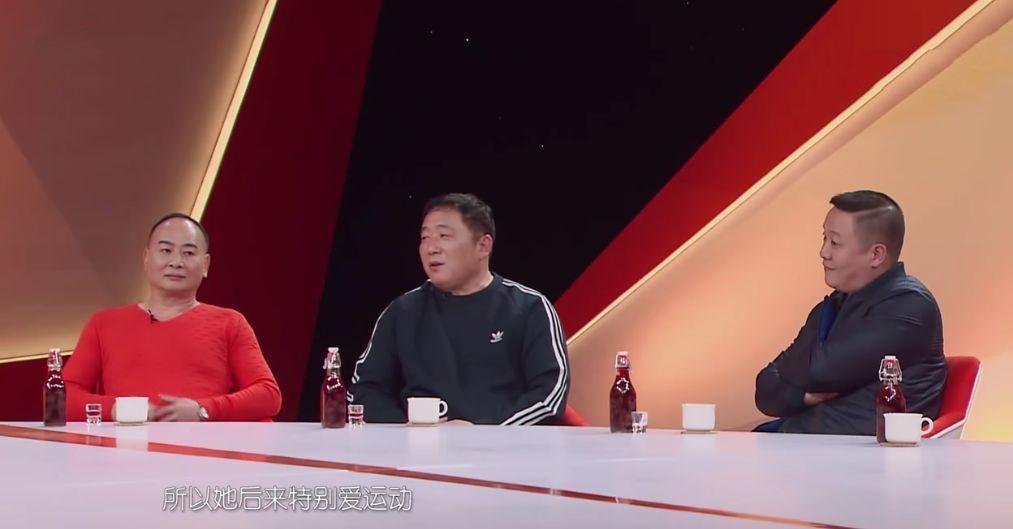 看过袁姗姗和爸爸的相处,网友:以前是错怪她了!(组图)