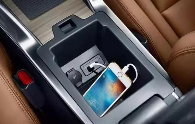 安全隐患不容忽视!假期归来务必把车里的这几样东西清走!