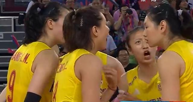中国女排3比0横扫土耳其,豪取九连胜!