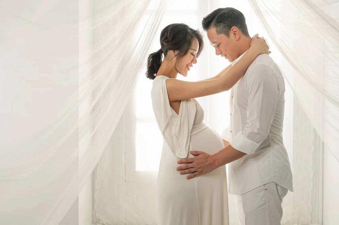 胡杏儿二胎产子,和富商老公幸福4年,感谢黄宗泽当年不娶之恩