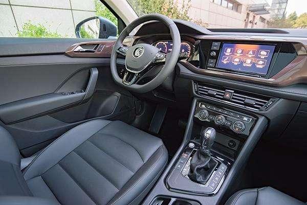 又一好车成功上位,月销13651辆,豪华版低至18万,还要啥途观