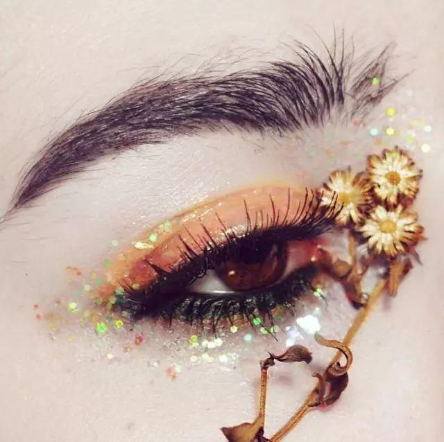 美到开花的创意眼妆,杂志级美妆欣赏!