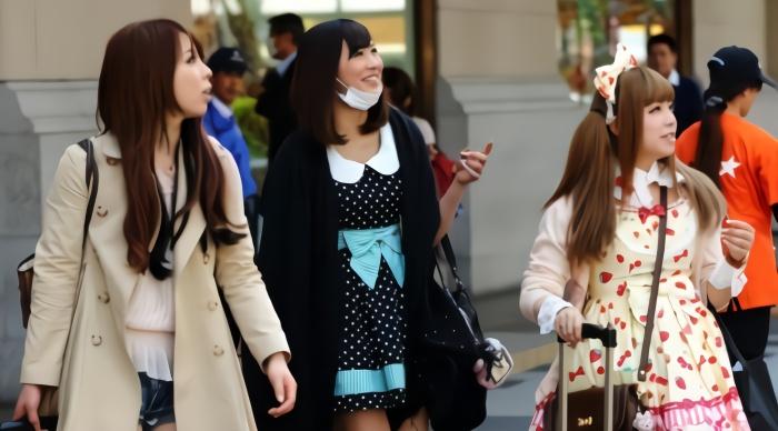 日本街头采访:愿意跟中国小伙交往吗?日本姑娘们的回答有点意外
