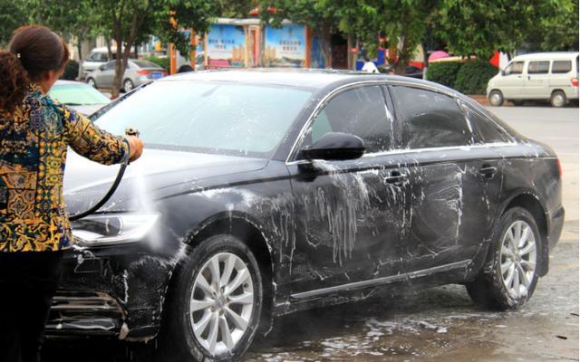 洗车不是简单事,不能忽视的洗车小细节,忽视则无法做到保养效果