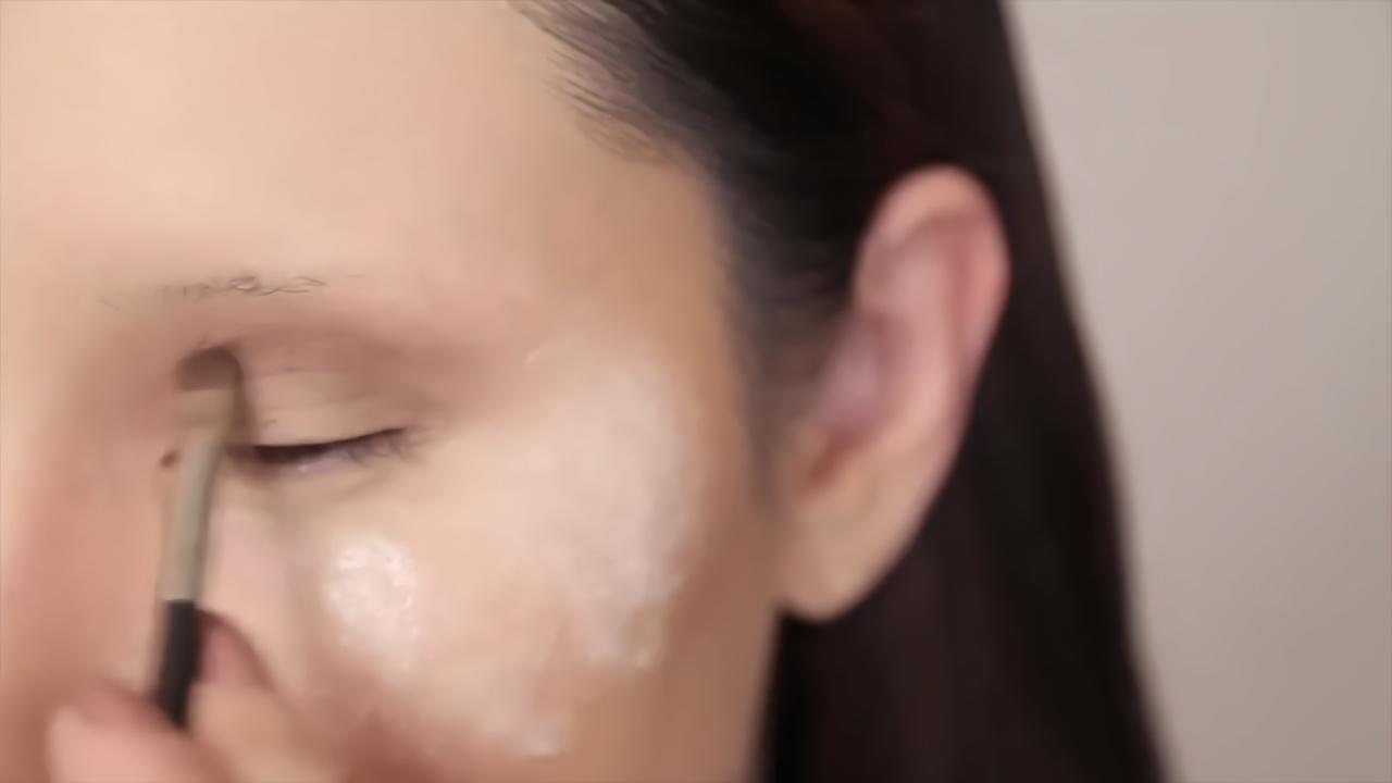 一人跨越五个种族?油管日本美妆博主超强化妆术让人惊呆!