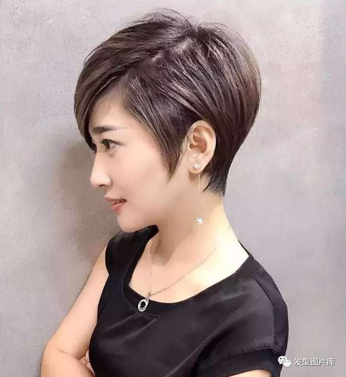 超短发发型图片2019女_2019最流行的短发发型图片