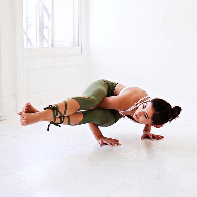 专门针对上班久坐一组,助你缓解肩颈不适,恢复好身材!