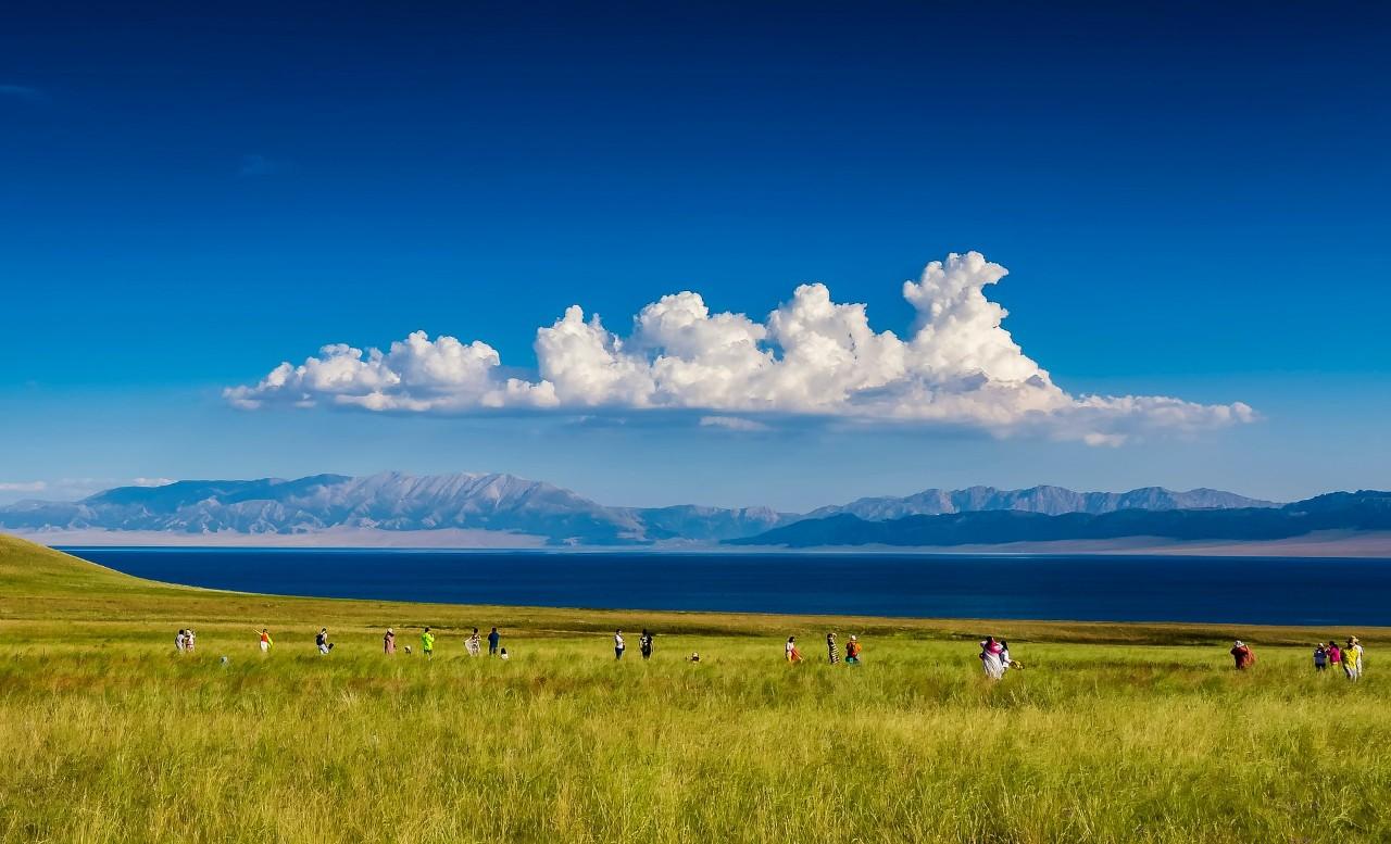 蒙古元素春天的风景