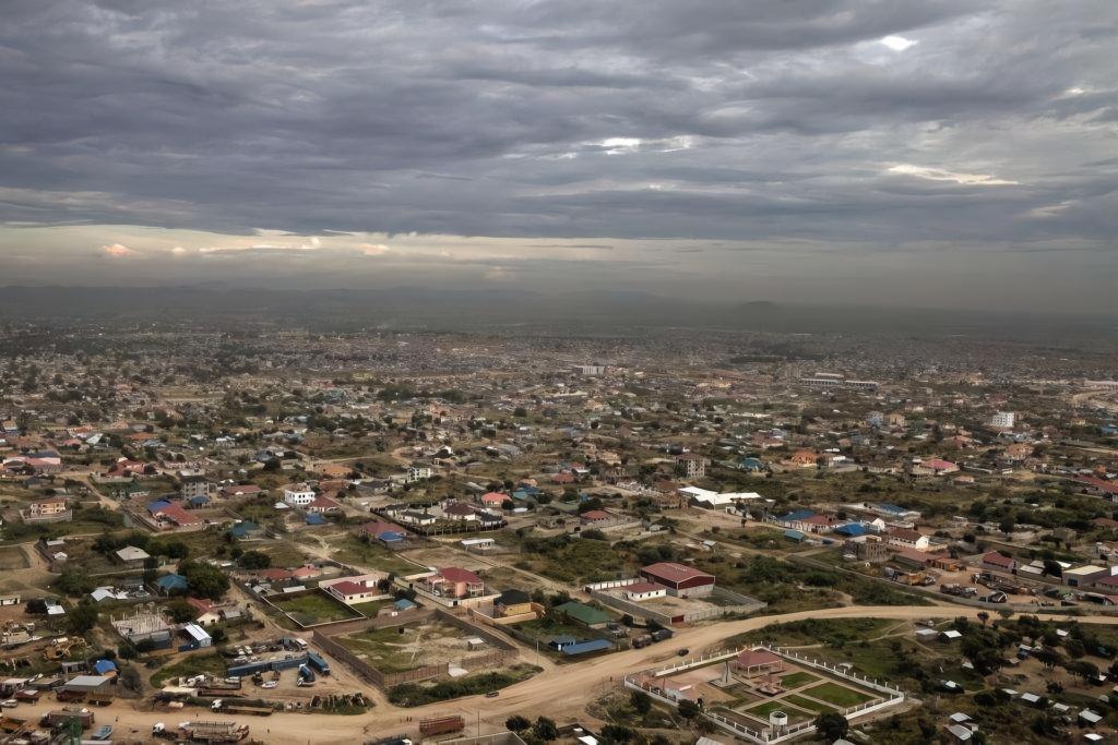 亚洲一�_亚洲这个国家太贫穷,首都都不如中国县城,但是遍地都