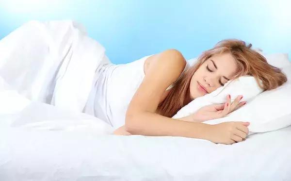 这3种枕头,让你越睡越累、还伤颈椎!正在用的该换了