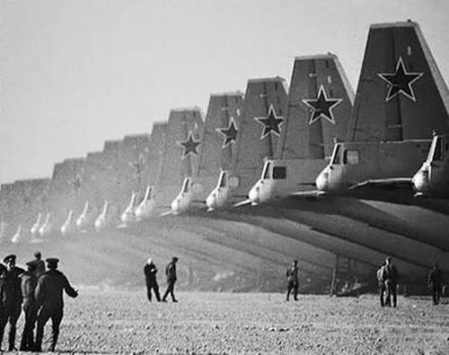 40年代苏联经济总量_苏联国旗