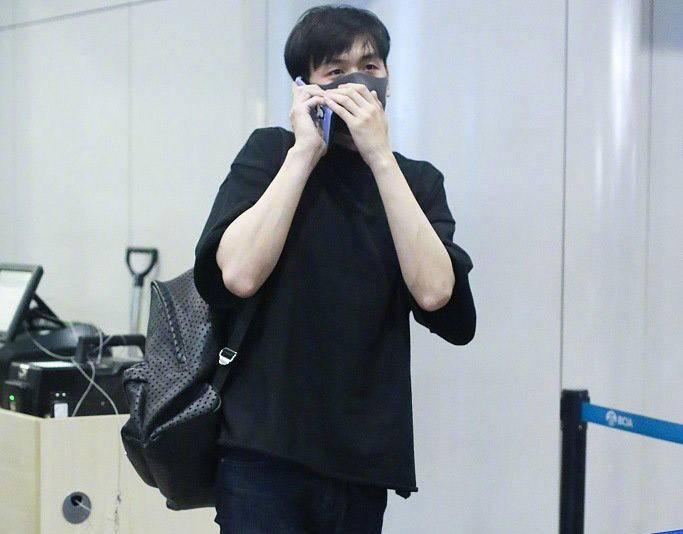 张若昀发文向记者道歉求生欲满满,语气太调皮被吐槽:新郎官飘了