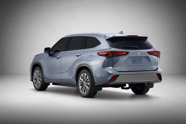 2020款汉兰达外观升级,车身加长,配JBL Premium音响系统