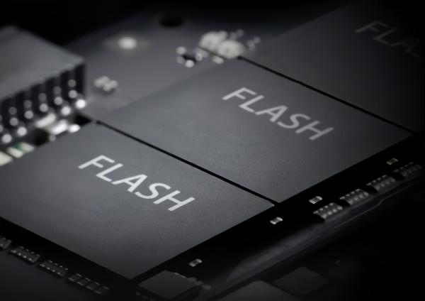 闪存市场遭遇意外,传SSD厂商限量供货、涨价15%
