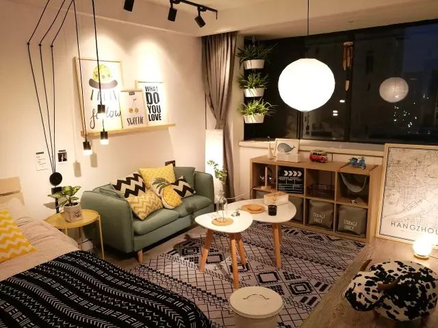 25m2单身公寓爆改,利用灯光变身暖意北欧风!太温馨了!