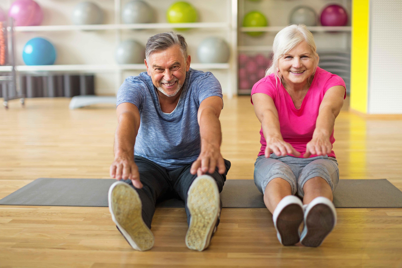 50岁后是长寿还是短命?百岁老人经验:若具备这6种表现,恭喜你