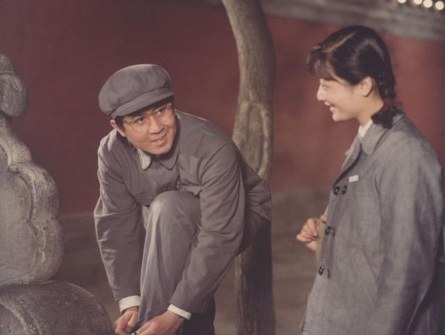 电影《青春万岁》里的爱情隐秘伏线揭秘