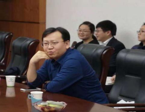 郑立军_胸外科郑立军主任肯定了肺癌精准治疗的地位,对本次会议