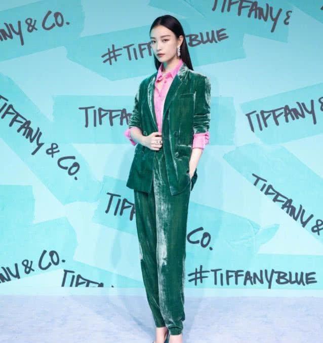 伊秀时尚网|热点:倪妮明星界的穿衣模范,多种风格任你选择,原来时尚很简单