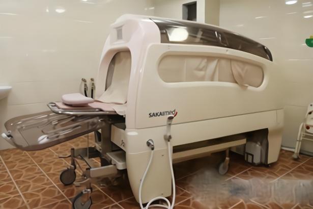 日本发明全自动洗澡机,躺进去睡一觉就洗好了,网友:懒到极致了