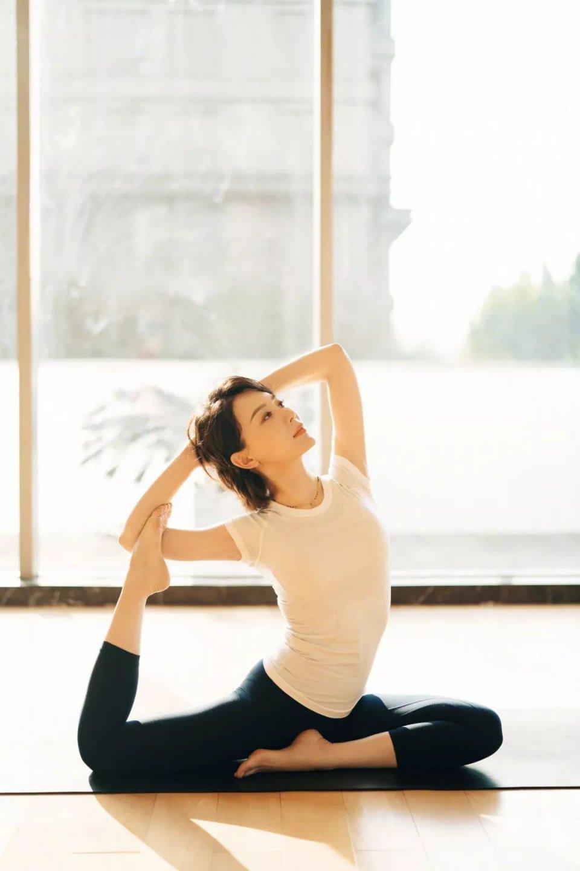 41岁陈数瑜伽告白,视频:网友这是最高级的女人s4拍的图片