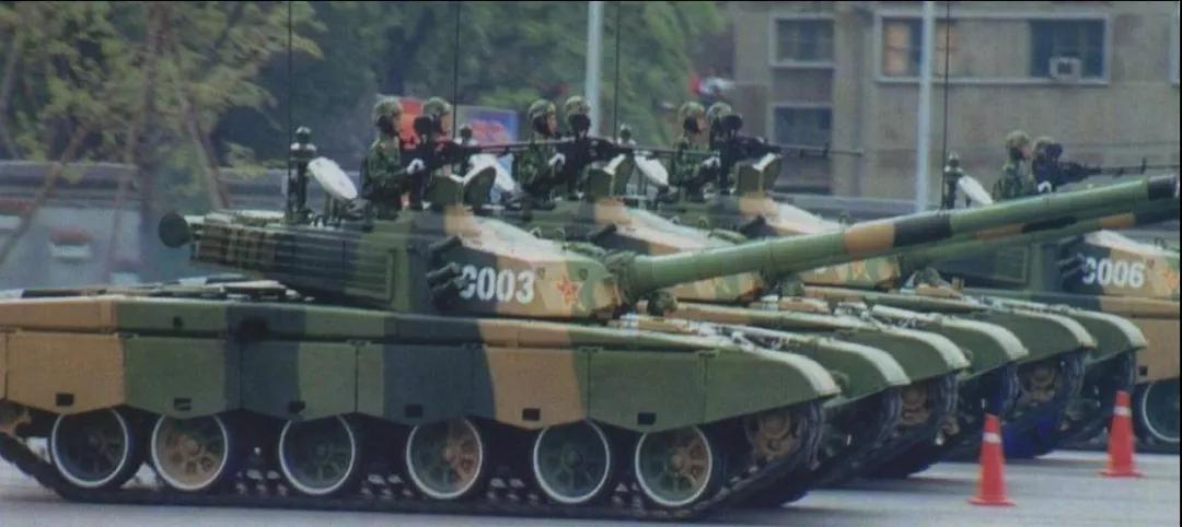 125是如何脱颖而出成为中国高膛压坦克炮之王的