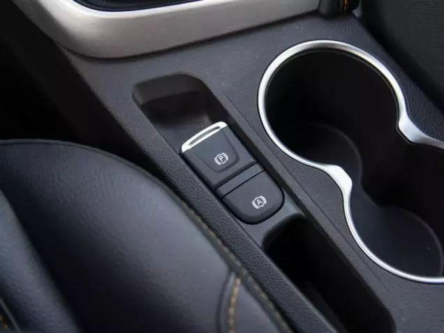 小型SUV新晋流量瑞风S4,靠什么让宝骏510毫无还手之力?