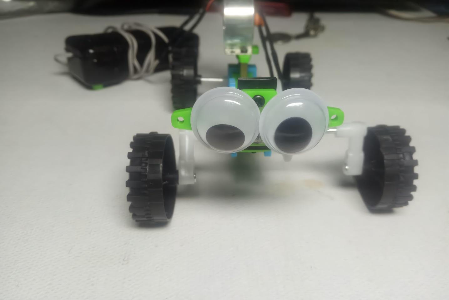 手工制作,diy线控爬虫,培养小学生动手能力的好玩具